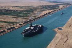 1869年苏伊士运河竣工通航