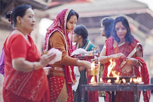 佛国尼泊尔系列之加德满都洒红节